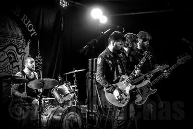 fotografía-concierto-aviles-black bottle riot-rock-asturias